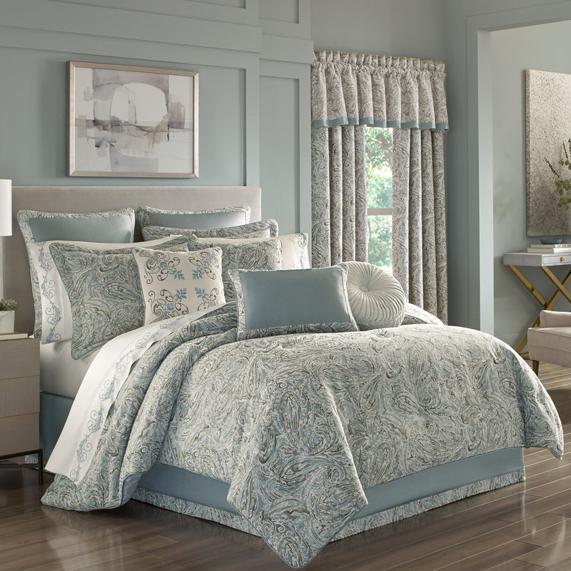 Giovani SPA 4-Piece Comforter Set [Luxury comforter Sets] [by Latest Bedding]