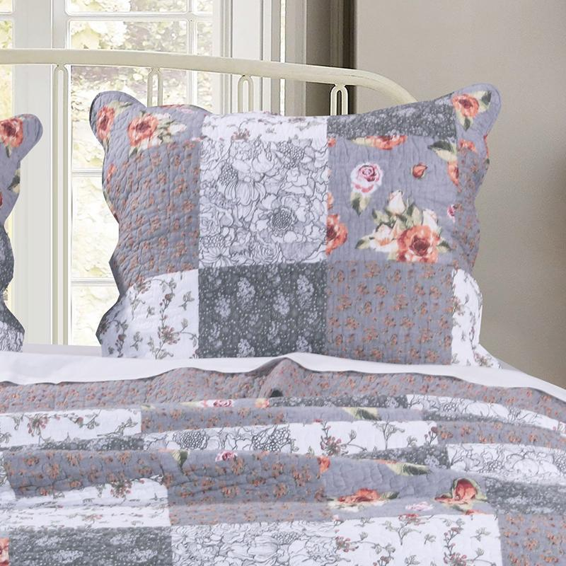 Giulia Multi Reversible 3-Piece Quilt Set [Luxury comforter Sets] [by Latest Bedding]
