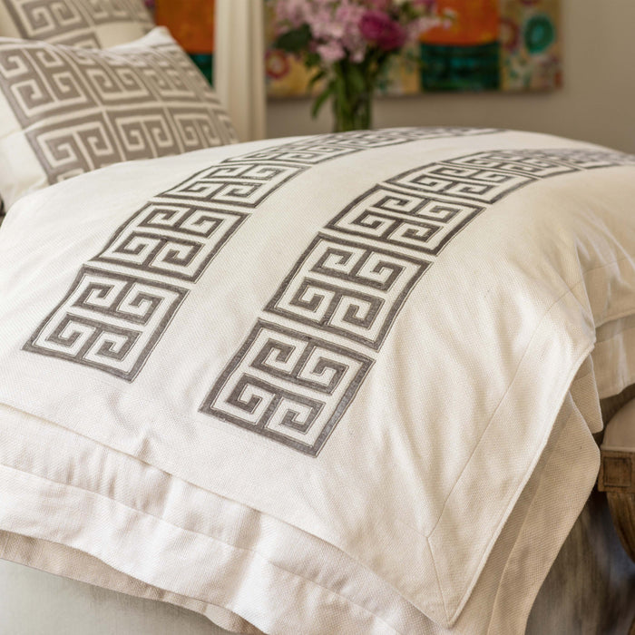Guy Ivory Basketweave Platinum Velvet Throw