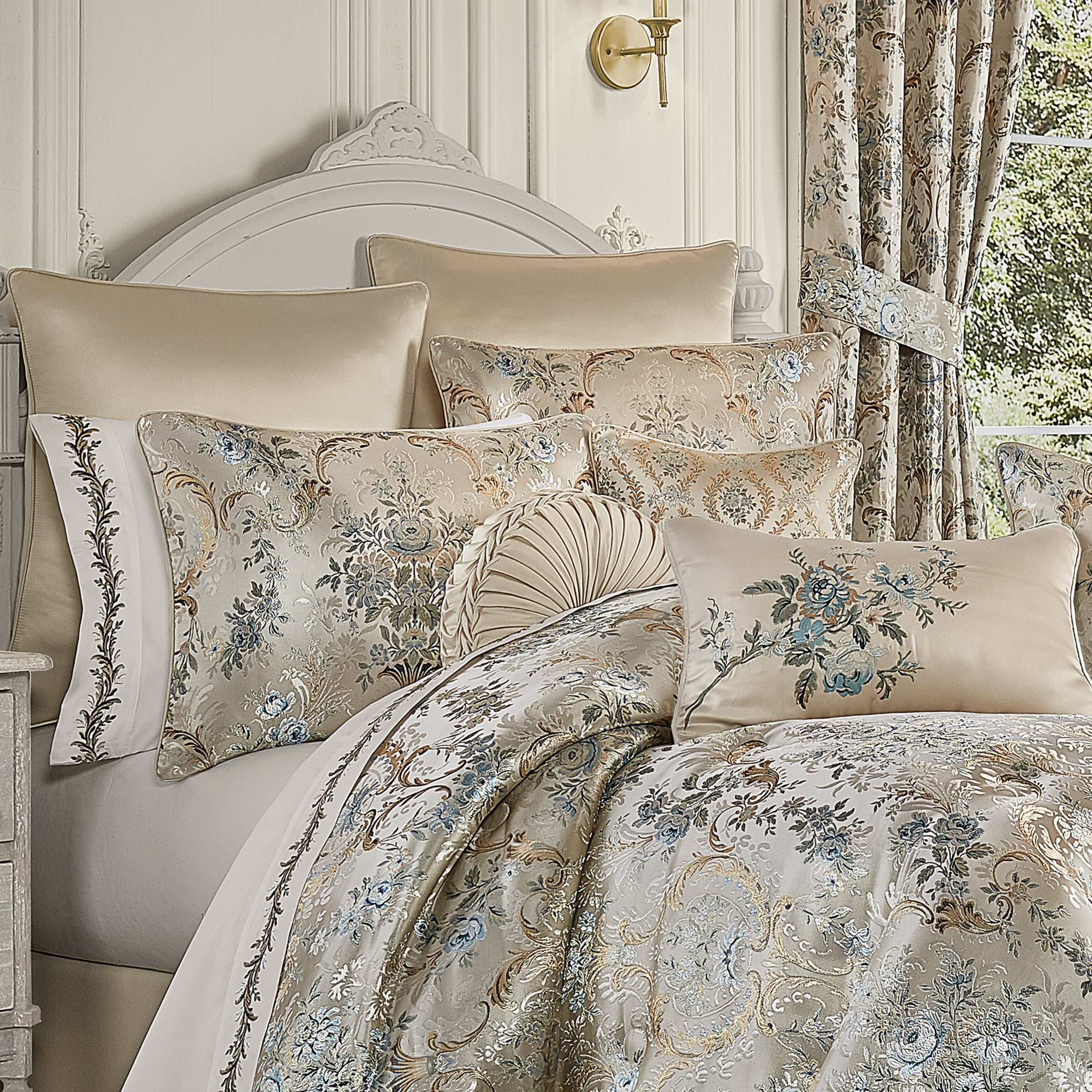 Jacqueline Teal 4-Piece Comforter Set Comforter Sets By J. Queen New York