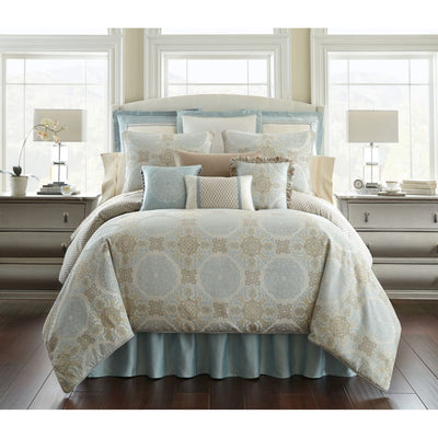 Jonet Cream/Aqua 4-Piece Reversible Comforter Set Comforter Sets By Waterford