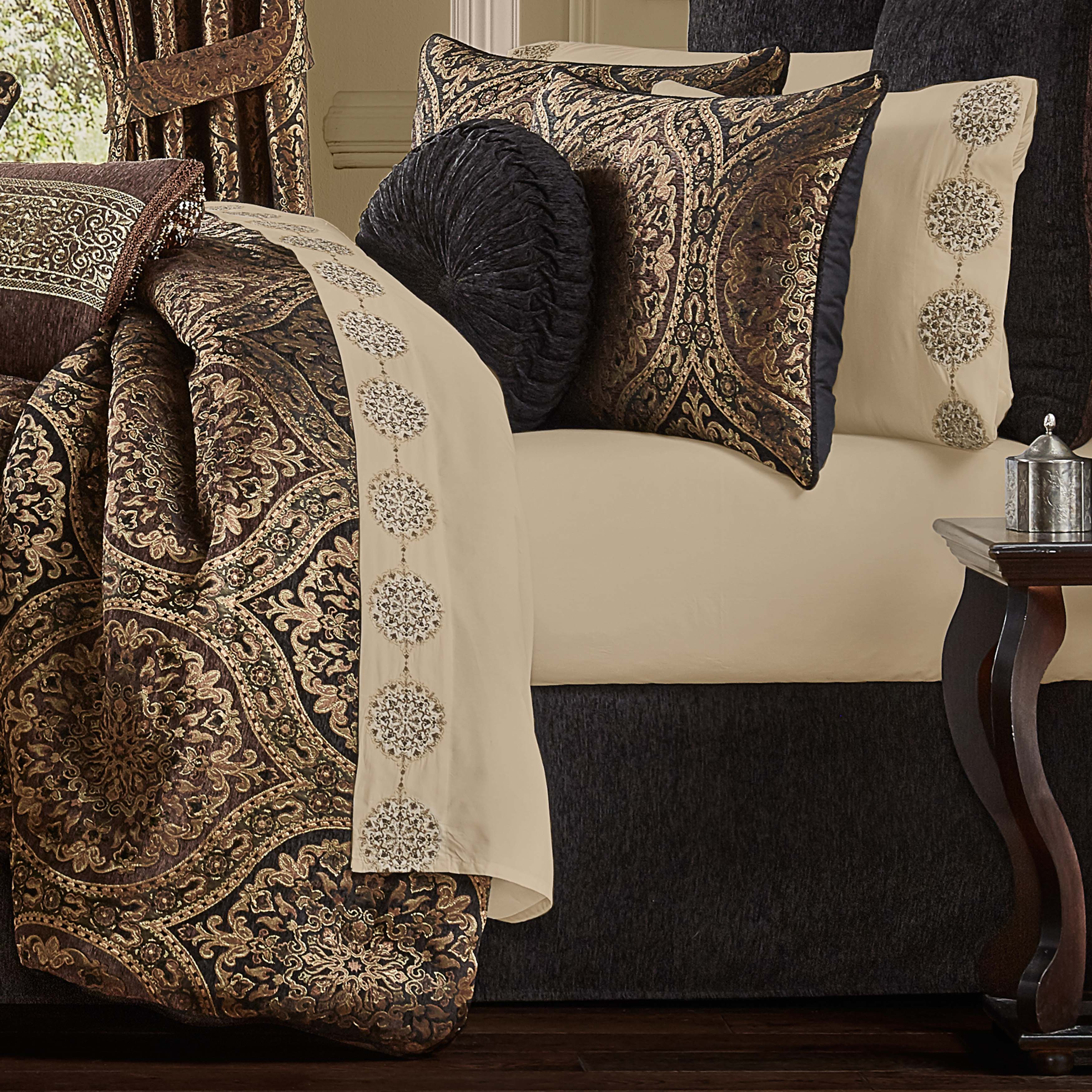 Jordan Chocolate 4-Piece Comforter Set Comforter Sets By J. Queen New York