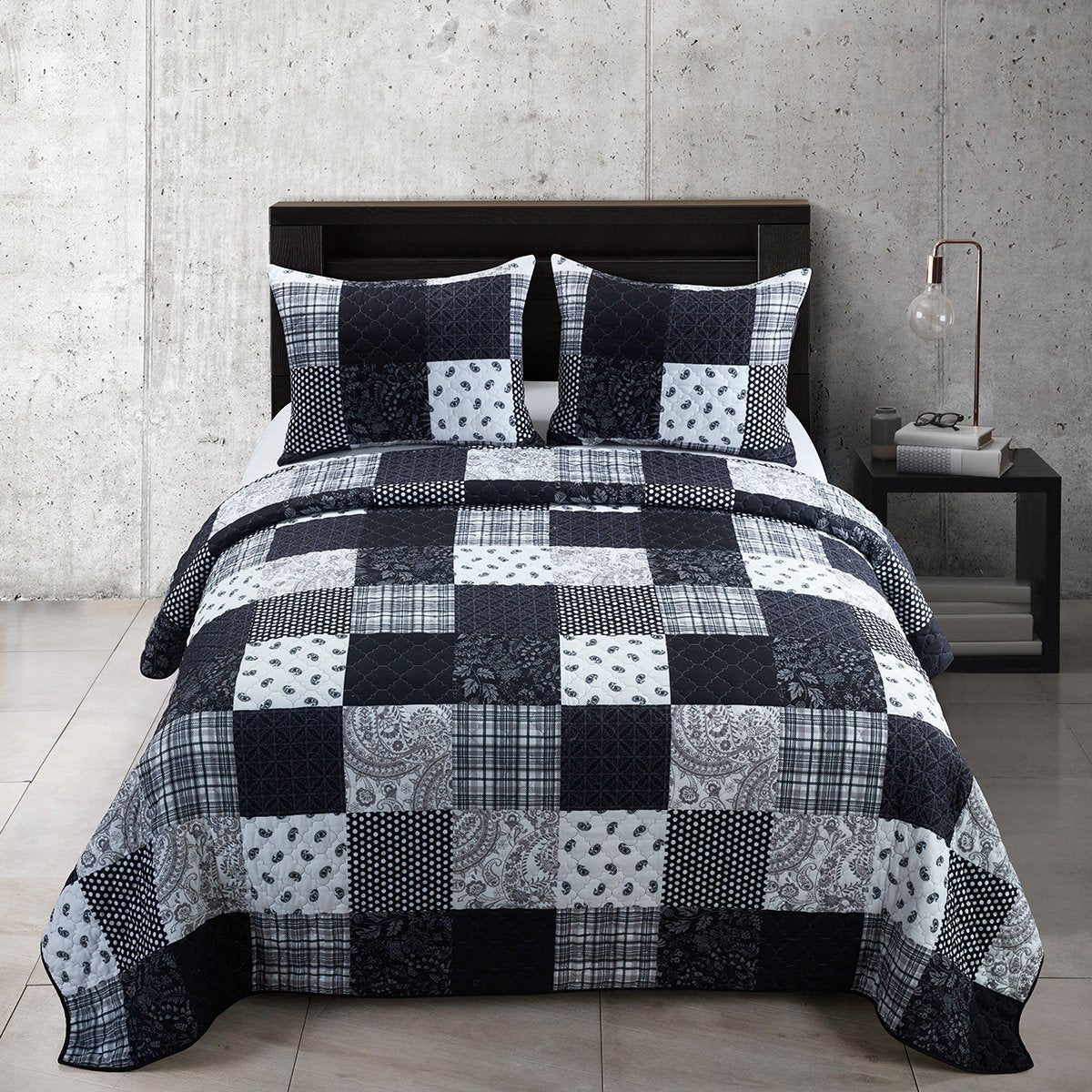 London Reversible 3-Piece Quilt Set [Luxury comforter Sets] [by Latest Bedding]