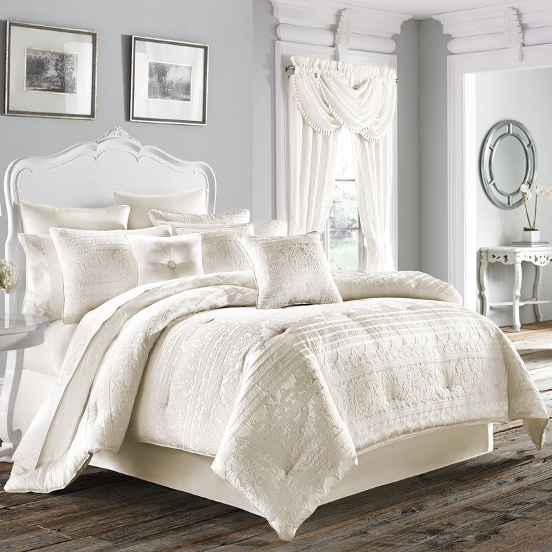 Mackay White 4-Piece Comforter Set [Luxury comforter Sets] [by Latest Bedding]