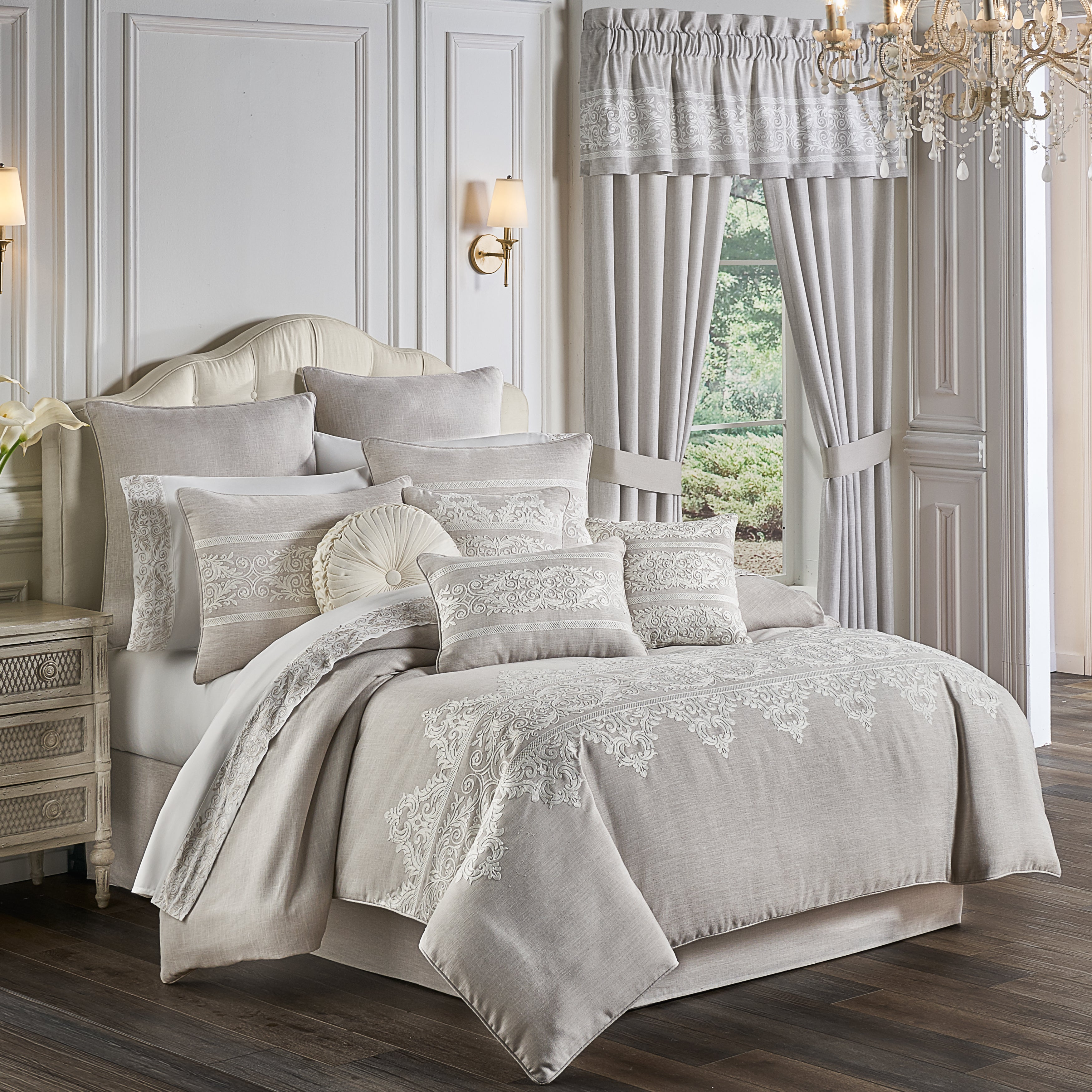 Maryanne Beige 4-Piece Comforter Set [Luxury comforter Sets] [by Latest Bedding]
