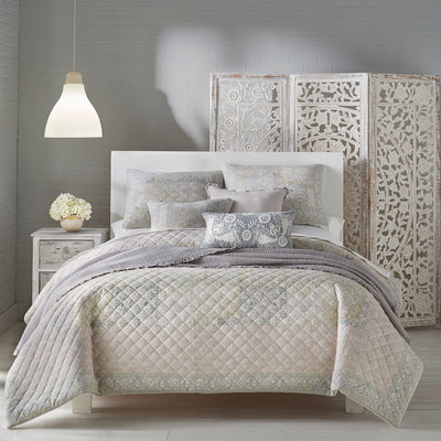Melissa Blush Quilt [Luxury comforter Sets] [by Latest Bedding]