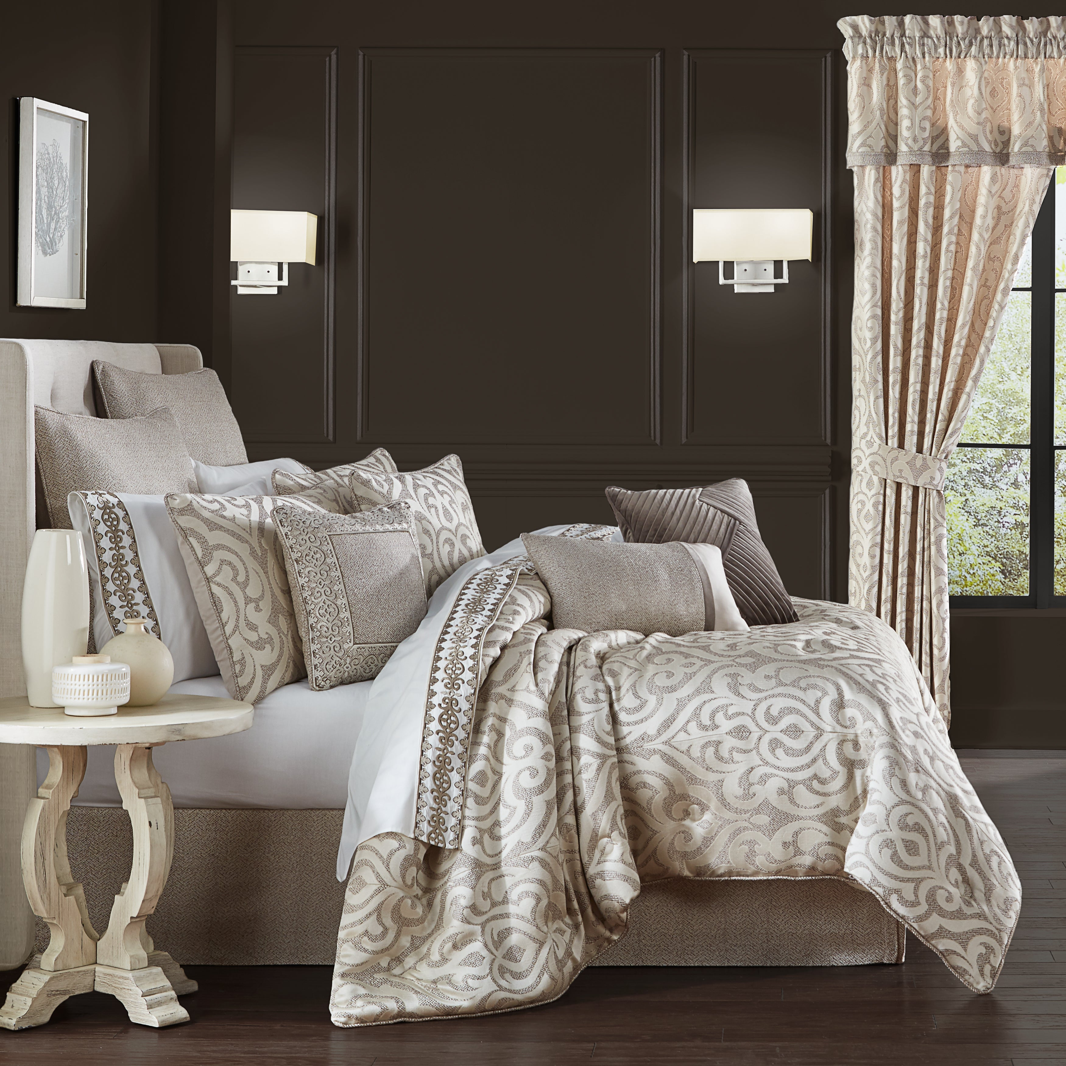 Milan Oatmeal 4-Piece Comforter Set [Luxury comforter Sets] [by Latest Bedding]