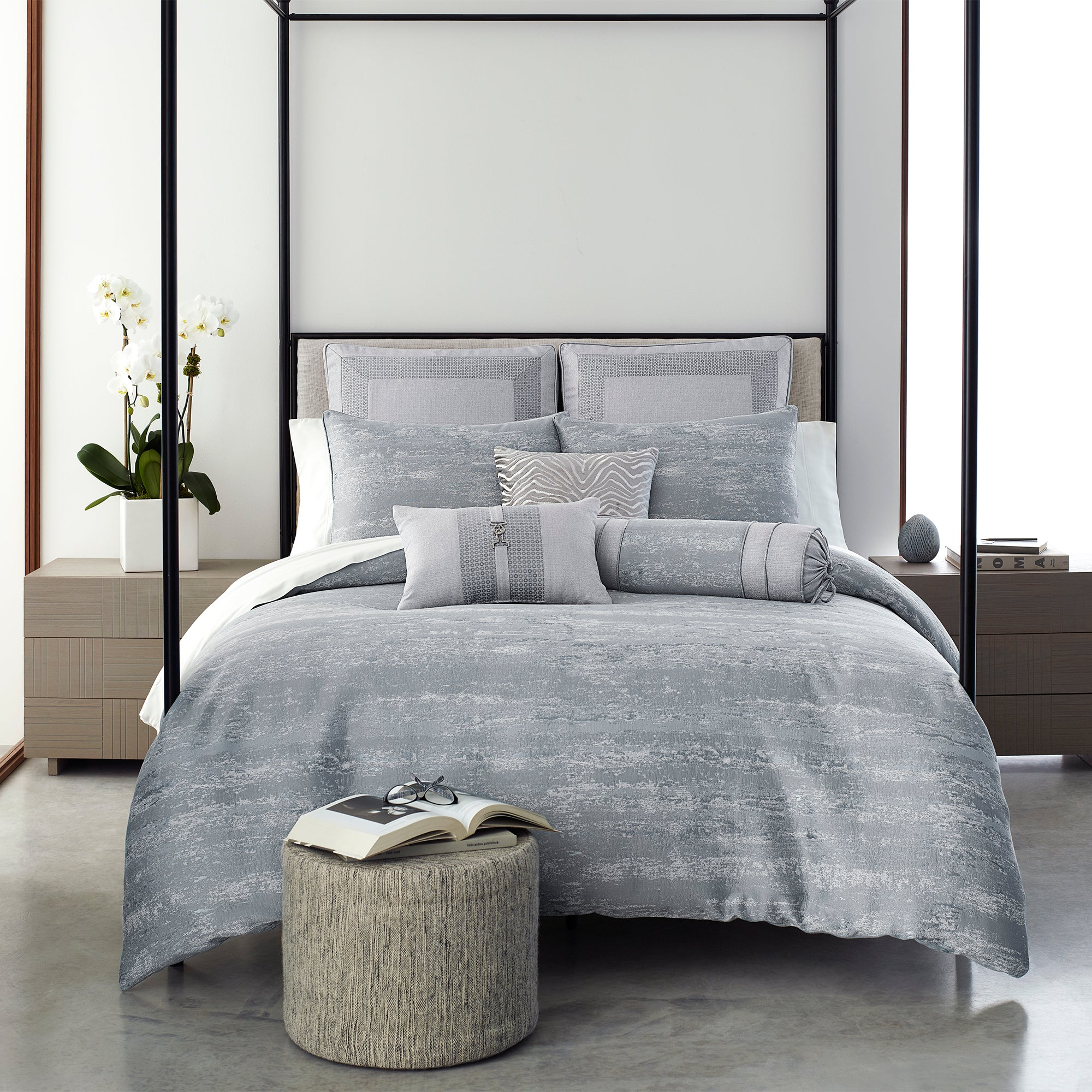 Nova Silver 3-Piece Comforter Set [Luxury comforter Sets] [by Latest Bedding]