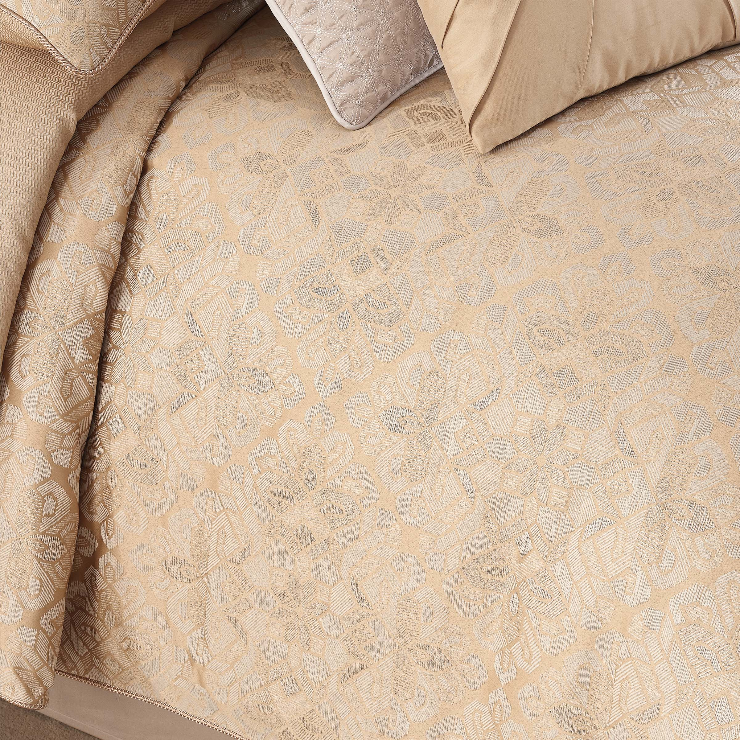 Olann Gold 4-Piece Comforter Set [Luxury comforter Sets] [by Latest Bedding]