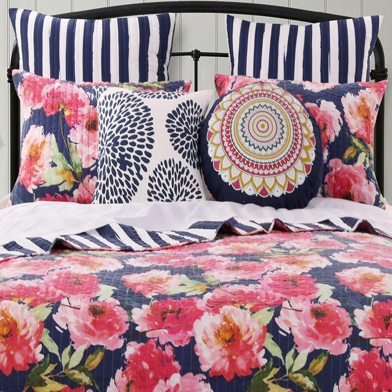 Peony Posy Navy 3-Piece Quilt Set Quilt Sets By Greenland Home Fashions