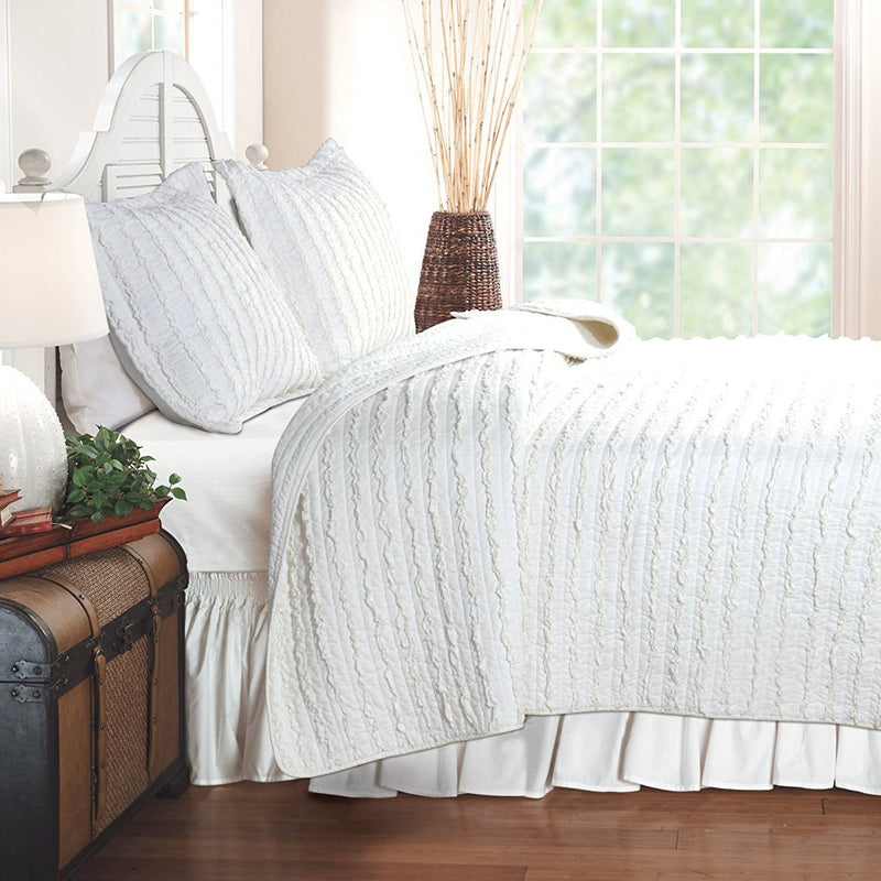 Quilt Sets Ruffled White 3-Piece Quilt Set [Luxury comforter Sets) ( by Latest Bedding)]