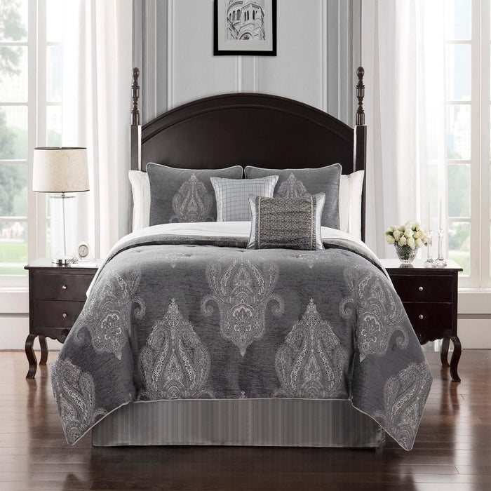 Ryan Platinum 4-Piece Comforter Set