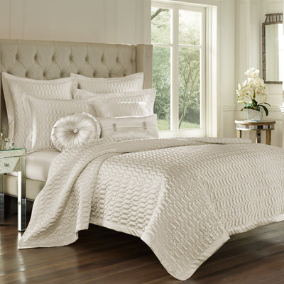 Satinique Natural Coverlet [Luxury comforter Sets] [by Latest Bedding]