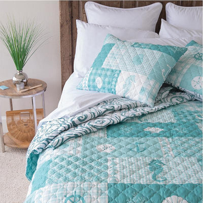 Seahorse Grid 3-Piece Quilt Set Quilt Sets By Donna Sharp