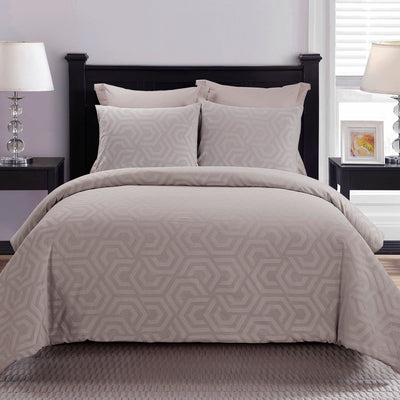 Seville Blush 3-Piece Comforter Set [Luxury comforter Sets] [by Latest Bedding]