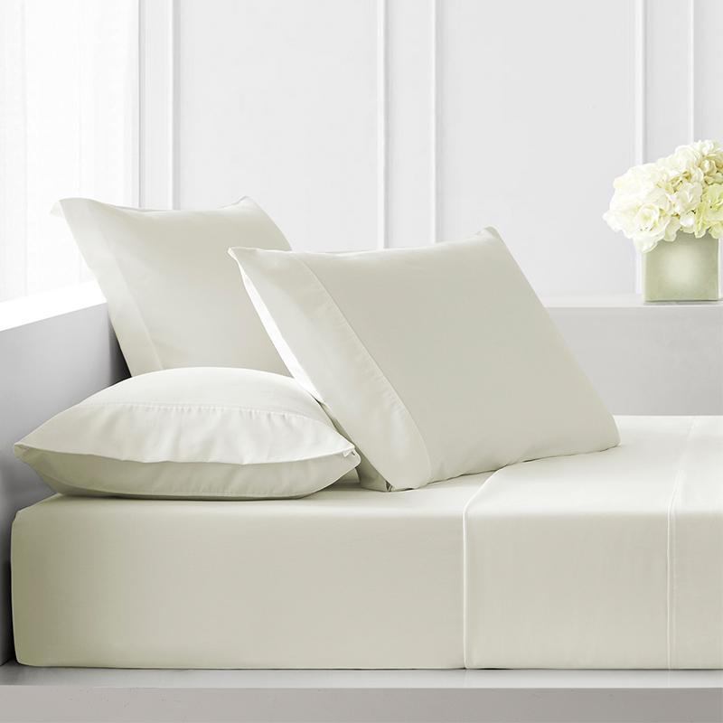 Sullivan Solid Ivory 4-Piece Sheet Set [Luxury comforter Sets] [by Latest Bedding]