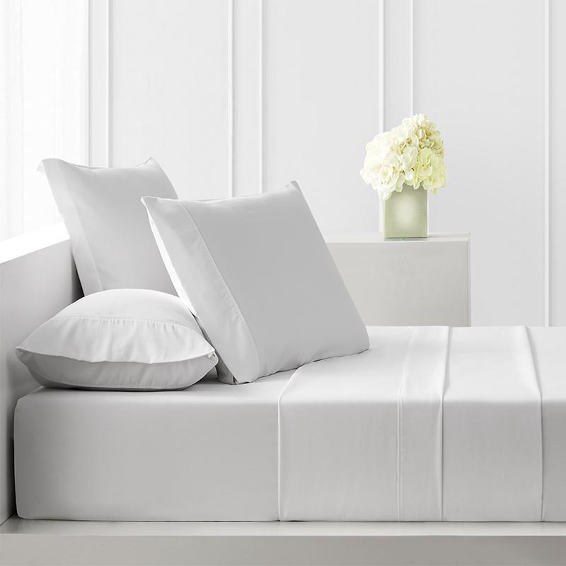 Sullivan Solid White 4-Piece Sheet Set [Luxury comforter Sets] [by Latest Bedding]