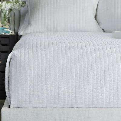 Tessa White Linen Quilted Coverlet [Luxury comforter Sets] [by Latest Bedding]