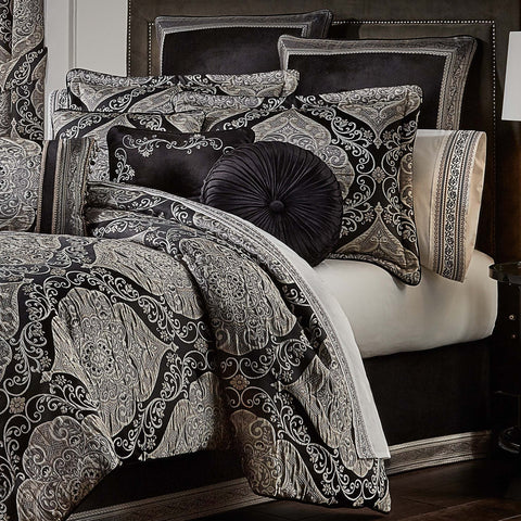 Vera Black 4-Piece Comforter Set [Luxury comforter Sets] [by Latest Bedding]