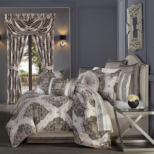 Vera Silver 4-Piece Comforter Set [Luxury comforter Sets] [by Latest Bedding]