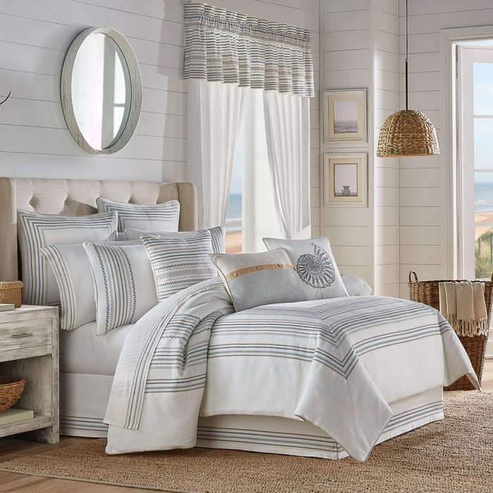 Waterbury SPA 4-Piece Comforter Set