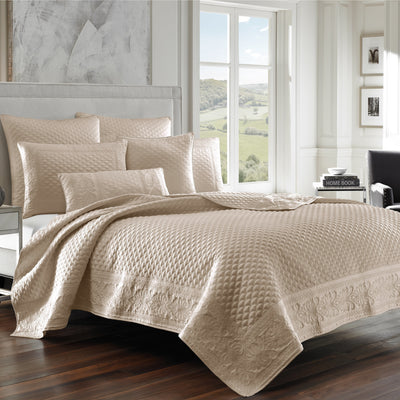 Zilara Pearl Coverlet [Luxury comforter Sets] [by Latest Bedding]