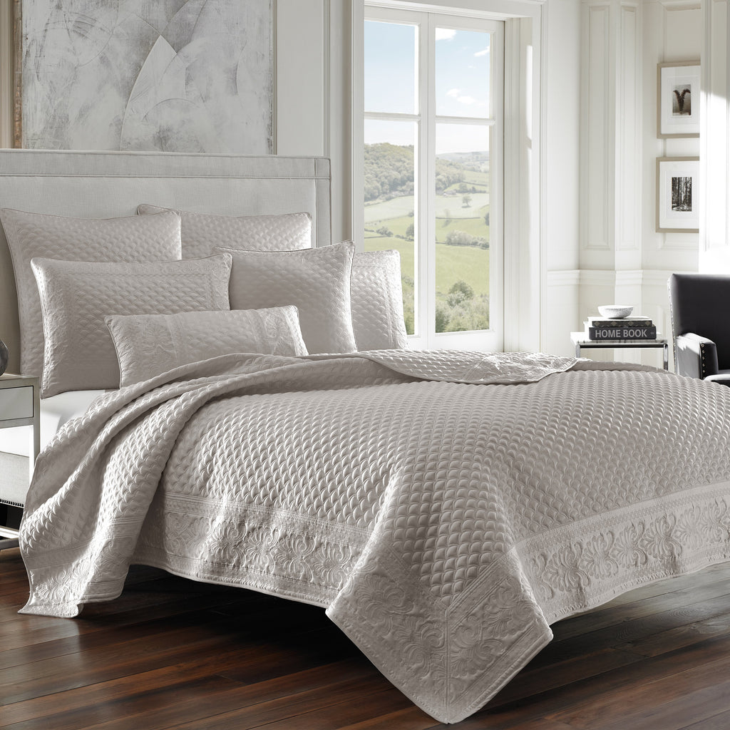 Zilara Silver Coverlet [Luxury comforter Sets] [by Latest Bedding]