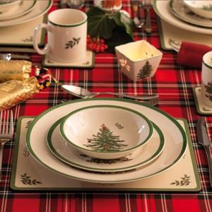 Spode Christmas Tree 16 Piece Dinner Set - LAST FEW AVAILABLE!