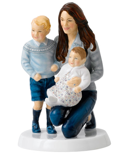 Royal Doulton 70th Wedding Anniversary Young Royals (22cm)