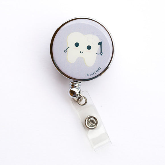 FLUORIDE BATH - Badge Reel