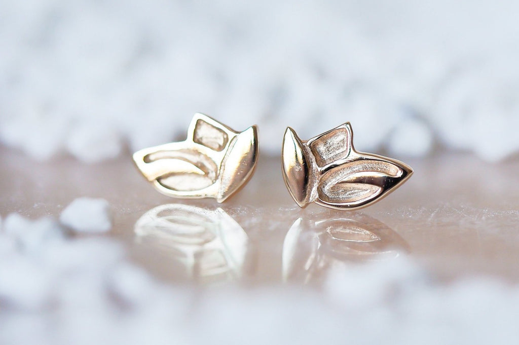 Mijatu Leaves Stud Earrings handcrafted in solid Gold