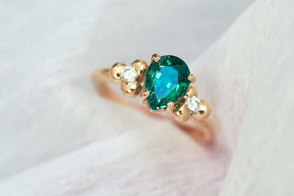 Alice | Emerald + Diamond Ring