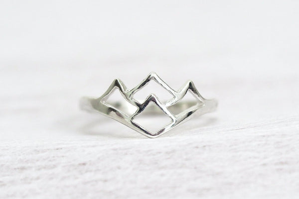 Mijatu Alpine Ring Handcrafted in Sterling Silver