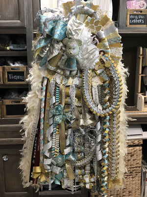 Homecoming Mums by Rebecca Customize your Ribbon & Bows