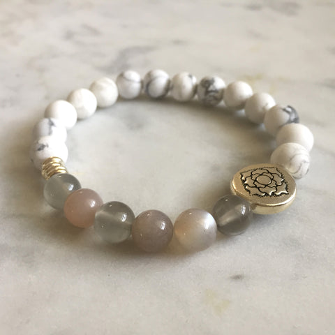 Purity Bracelet - Howlite & Moonstone