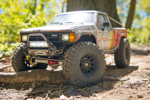 Pro Series Comp-Style SCX10/SCX10 II Front Bumper with Trail Bar and shackle mounts