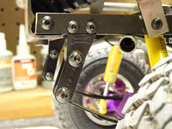 CNC Rear Leaf Shackle Mount for TF2