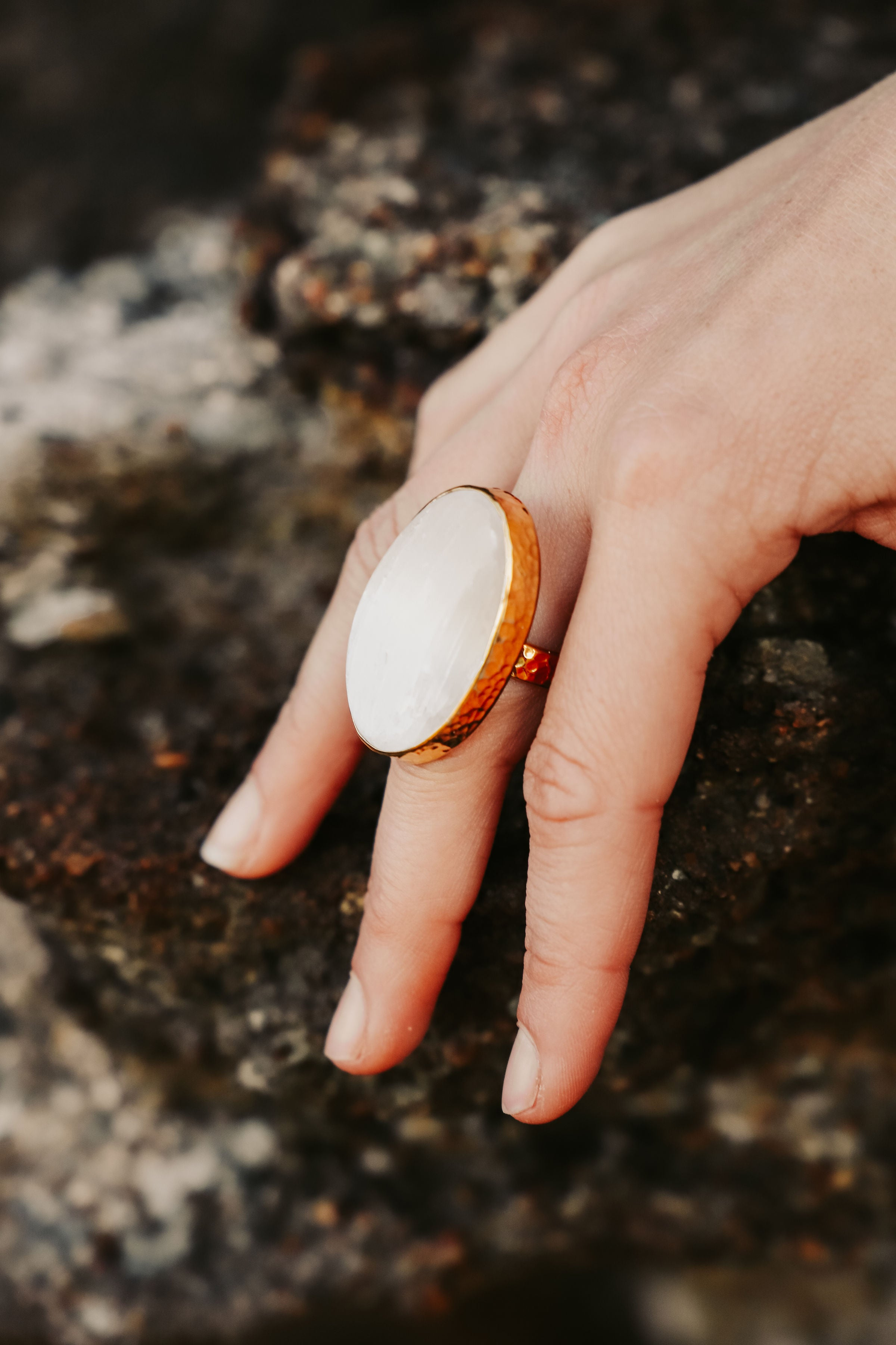 ALCHEMY RING: Selenite