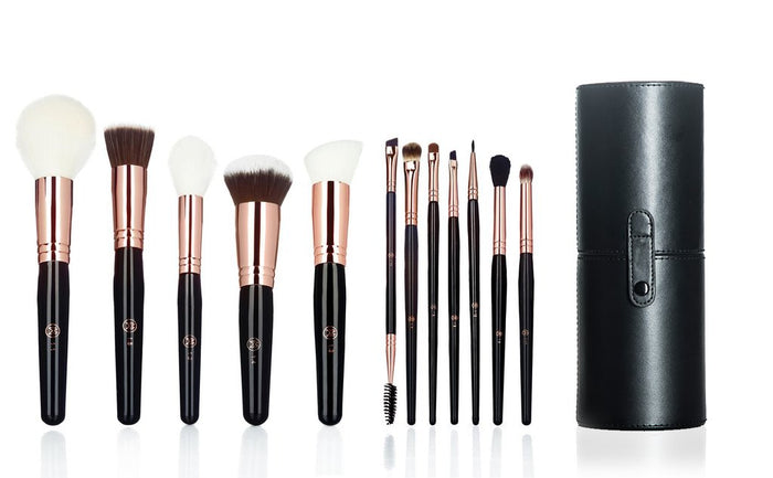 Makeup Weapons Essentials Set