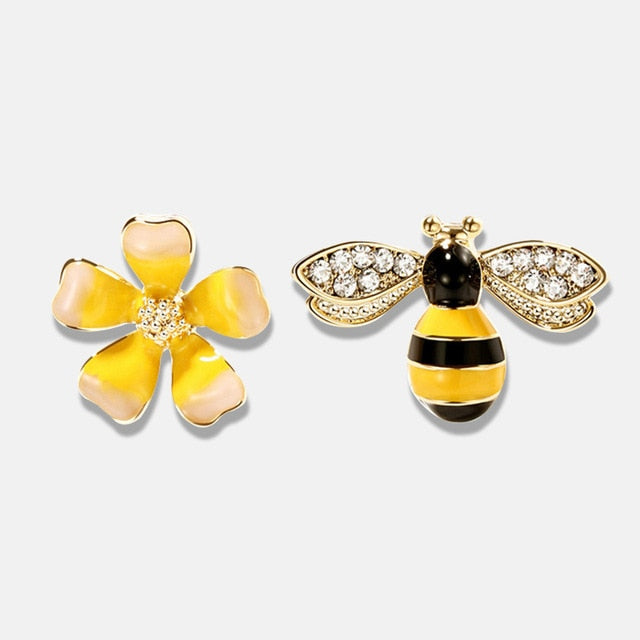 Cute Bee Earrings Asymmetric Flower Stud Womens