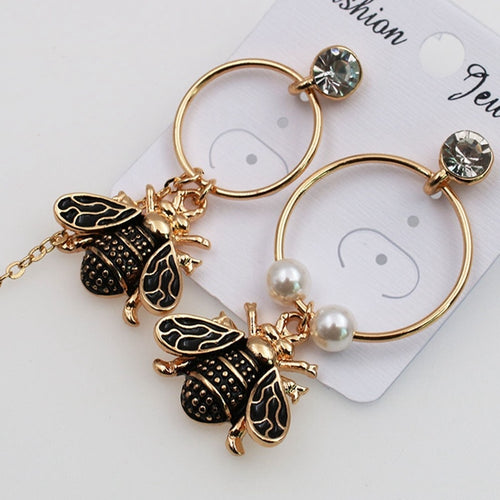 High Quality Design Honey Asymmetric Bee Imitation Pearl Earrings