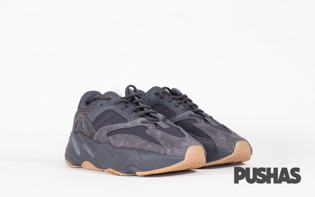 outlet store 26f9b 20c24 Yeezy 700 'Utility Black' (New) – PUSHAS