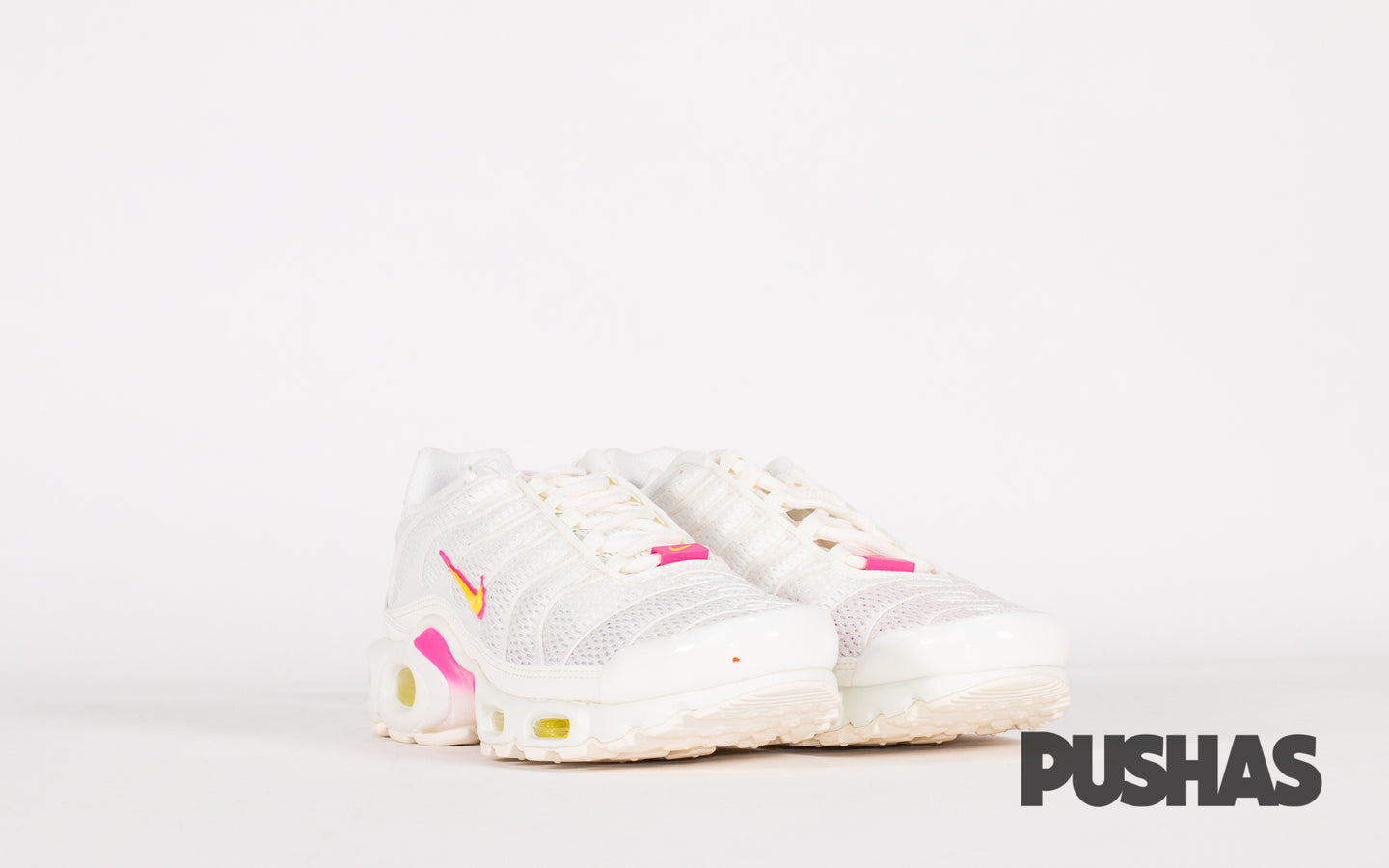pushas-nike-Air-Max-Plus-TN-W-Cream-Pink