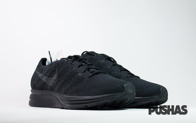 pushas-nike-flyknit-trainer-triple-black