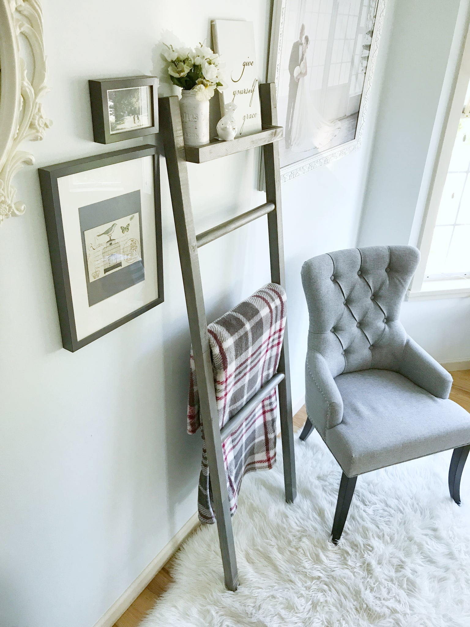 Weathered Grey Blanket Ladder with Shelf (Local pick-up only)
