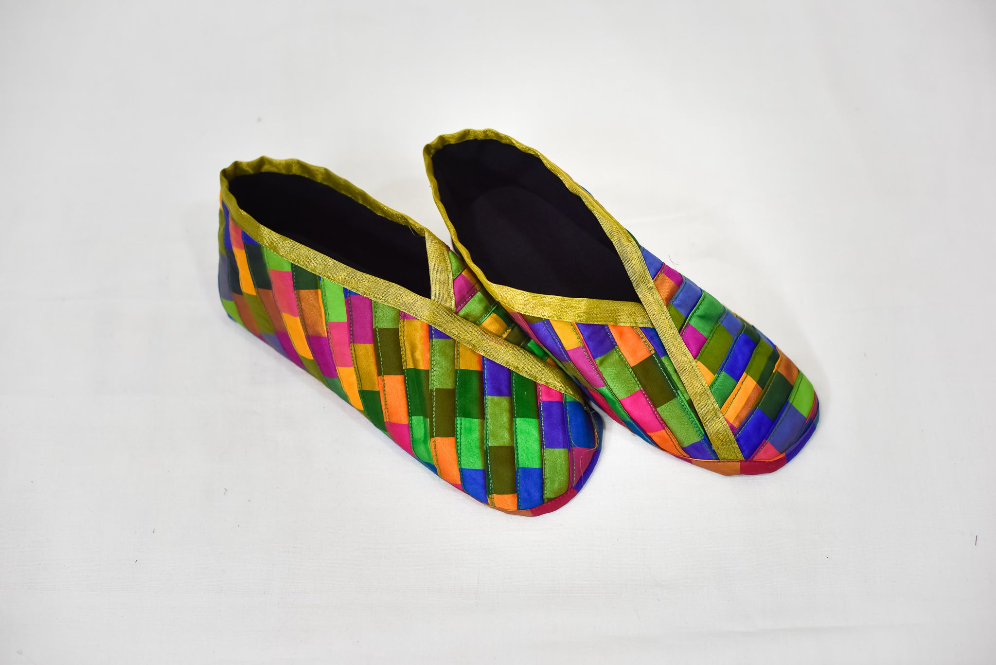 MULTICOLOR SHOES