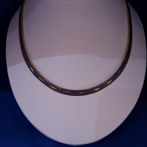 3 Colour 18ct Collar