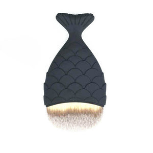 Chunky Fishtail Makeup Brush