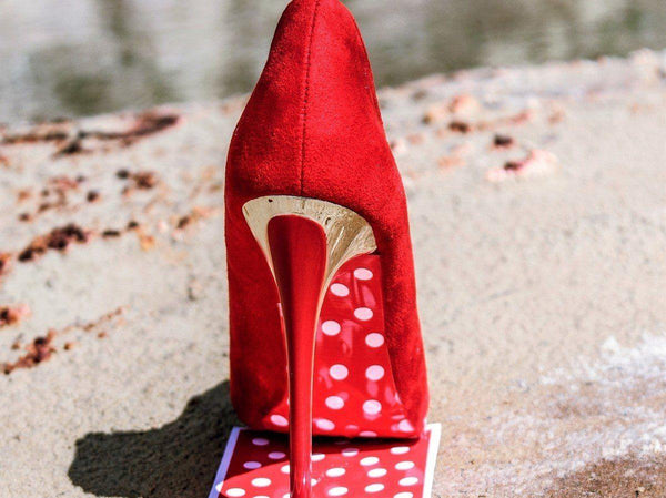 red polka dot under soles - Raw Strawberry