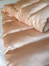 Rose 100% Silk Satin Eiderdown